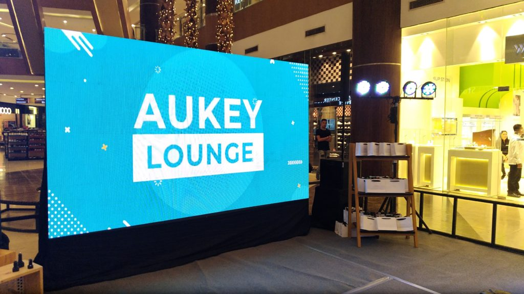Aukey Philippines visits Cebu City, introduces quick-charging products | Cebu Finest